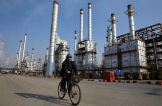 Tehran's oil refinery