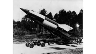 1945 год: немецкая Фау-2 на стартовой позиции в Нижней Саксонии