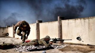 Francotirador en Mosul