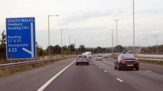 M4 Junction 11
