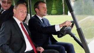 Макрон і Путін