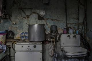 The shoemaker's kitchen