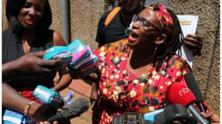 Mwanaharakati aliyemtusi Rais Museveni atupwa rumande