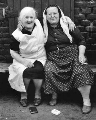 Aynı mahallede oturan Türk ve Alman komşular (1989-Herne)