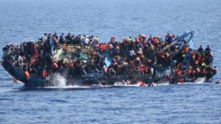 Un réseau d'immigration clandestine entre le Sénégal et la France démantelé.