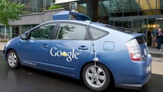 سيارة ذاتية القيادة من غوغل
