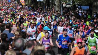 Plus de quarante mille personnes sont inscrites au marathon de Londres cette année.