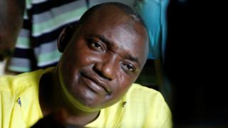 Adama Barrow avuga ko Yahya Jammeh ata burenganzira afise bwo gusubiramwo amatora