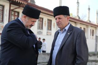 Голова Меджлісу Рефат Чубаров (ліворуч) і Ахтем Чийгоз (праворуч)