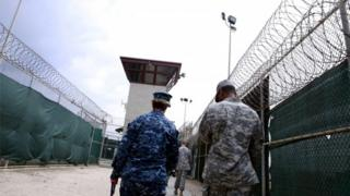米国防総省によると、今回の移送でグアンタナモ収容施設の収容者数は61人となる