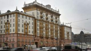 У посольстві США у Москві працювали сотні росіян