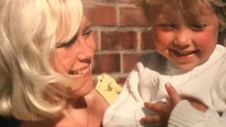 Sam Gillingham with her mother Carol Packman