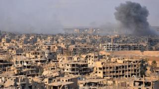 Дэйр-эз-Зор был в эпицентре сирийской гражданской войны, а затем три года находился под властью ИГ