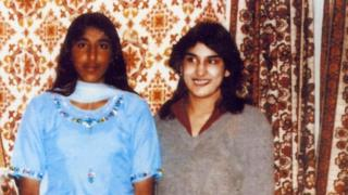 Jasvinder (R) with her sister Robina