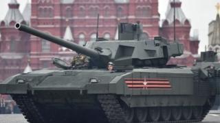 Жогорку автоматташтырылган «Армата» танкы совет доорундагы бронетехниканын ордун басууда.