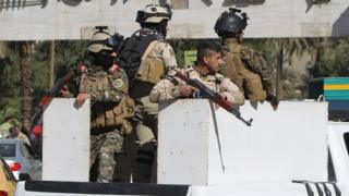 Iraqi soldiers patrol central Baghdad on 5 February 2015