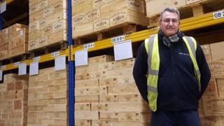 Філіп Мулен - голова відділу боротьби з підробками у мережі винних магазинів Berry Brothers & Rudd