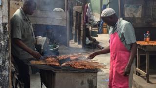 Tukubar Bugalo mai tsire a birnin Accra Ghana