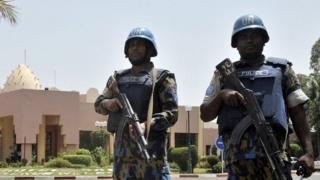 Abasirikare ba Onu bacungereye umutekano kw'ihoteli i Bamako mu 2015