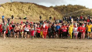 Dippers charges towards the water on Cefn Sidan