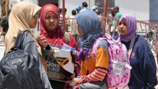 Empat orang WNI ini dua tahun lalu memilih meninggalkan Indonesia untuk hijrah di wilayah yang diklaim sebagai wilayah ISIS di Suriah.