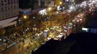 Tahran'da sokak gösterileri