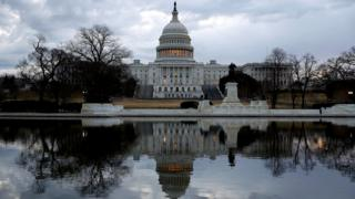 Vote looms to end US shutdown