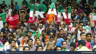 Iranian volleyball fans at Azadi Sports Complex (file photo)
