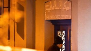 الشرطة السويسرية تعثر على جثة منفذ الهجوم على مسجد زيورخ