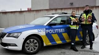 Поліцейські використовуватимуть ведмедиків, щоб заспокоювати дітей, які стали свідками інциденту