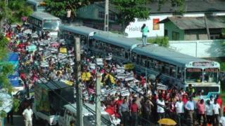 Hàng trăm người biểu tình phản đối dự án đầu tư của Trung Quốc