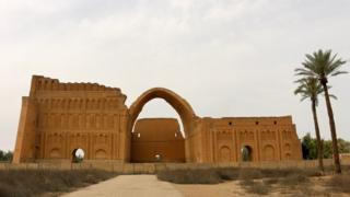 طاق کسری روزگاری کاخ پادشاهان ایرانی در دوره ساسانی بود.