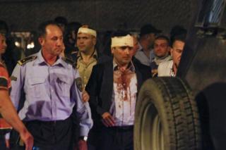 La policía escolta al líder político de Macedonia Zoran Zaev