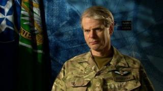 Janaraal Bradshaw, ku xigeenka taliyaha ugu sareeya NATO