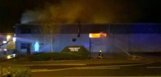 Fire at Milton Keynes industrial unit