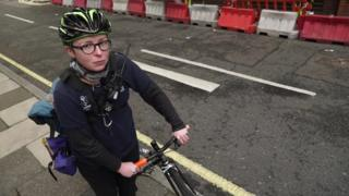 Bike courier wins 'gig' economy employment rights case
