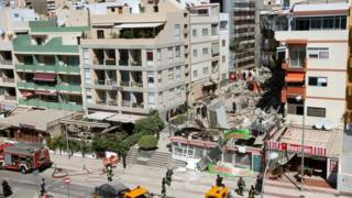 A general view of the area where a building partially collapsed in the village of Los Cristianos, Tenerife Island, Canary Islands, Spain, 14 April 2016