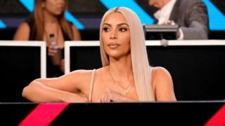 Kim Kardashian at event 'One Voice: Somos Live! A Concert For Disaster Relief' at the Universal Studios Lot on 14 October 2017 in Los Angeles, California
