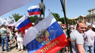 Учасник мітингу на підтримку ДНР у 2014 році