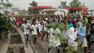 Imyiyerekano yo kwiyamiriza Prezida Joseph Kabila yatumye abantu benshi barimwo n'abanyepolitike bafungwa