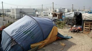 """лагерь беженцев """"Джунгли"""" в Кале"""