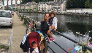 Dilek Dervişoğlu Champs ve çocukları Fransa Morlaix'te