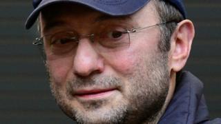 Suleiman Kerimov là một trong những người giàu nhất nước Nga và là một thượng nghị sĩ
