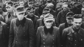 Немецкие военнопленные. Архивное фото.