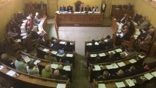 The alliance was officially confirmed at a meeting of the full council