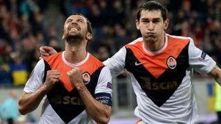 FC Shakhtar's Darijo Srna celebrates after scoring a goal during the 2015-16 UEFA Europa League