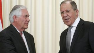 रूसी विदेश मंत्री लावरोव और अमरीकी विदेश मंत्री रेक्स टिलरसन