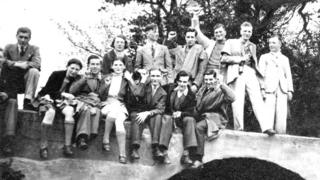 A group of socialist in 1930s Hull