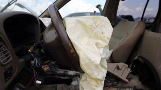 Des airbags défectueux sont à l'origine du rappel massif de véhicules fabriqués par Toyota.