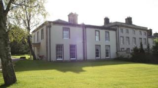 Vista de la mansión